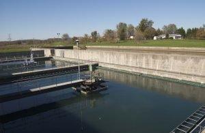 filtracion-de-agua-el-sulfato-de-aluminio-en-el-agua-es-un-peligro-Grandes-cantidades-de-sulfato-de-aluminio-se-utilizan-para-el-tratamiento-de-agua